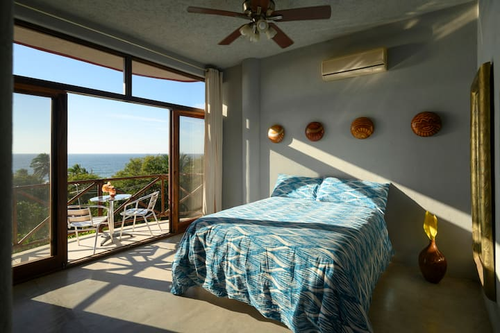Our Beach Room, Queen Bed, TV, Private Terrace, En Suite. A/C