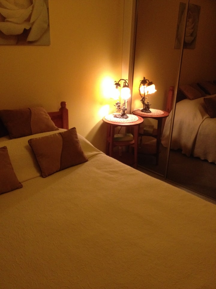 Peaceful Double + Parking Nr Gatwick