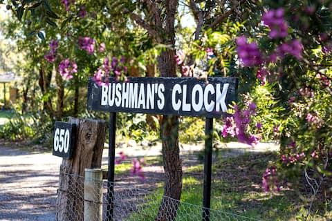 Bushmans Clock Cottage rests on 10 acres of bush.