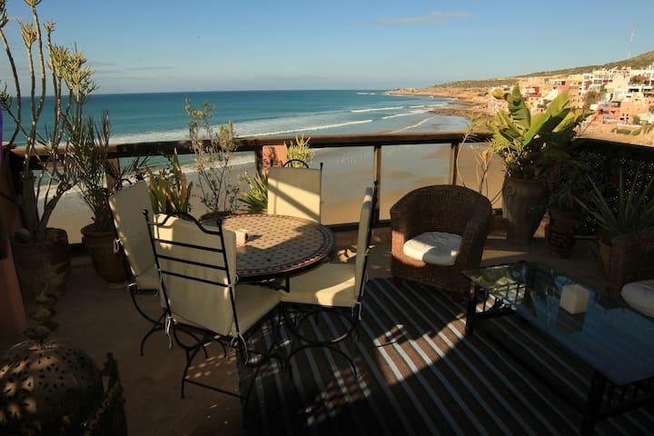 THE COZY PIRATES - Agadir - Wikt i opierunek