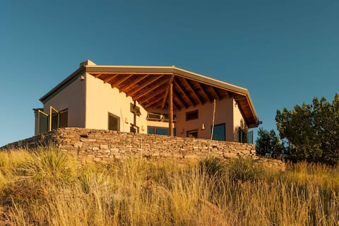 Scobee Mountain Lodge
