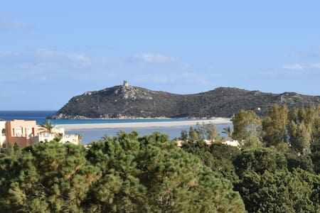 Villa rotonda tra Porto Giunco e Spiaggia del Riso - Notteri - วิลล่า