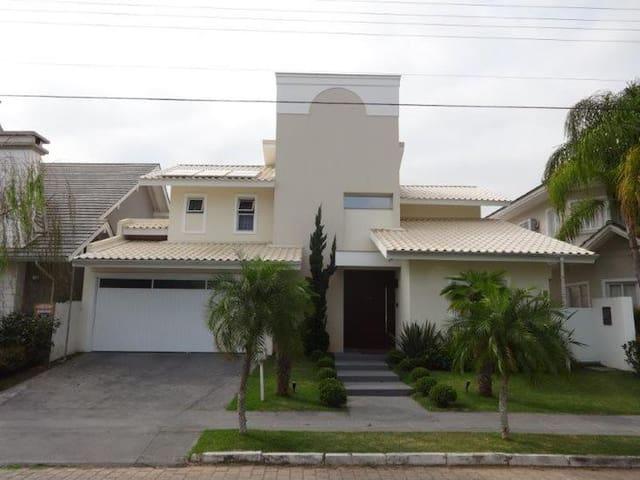 Casa moderna e aconchegante - Curitiba - Rumah