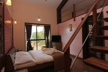 Executive room with mezzanine floor - Panchgani