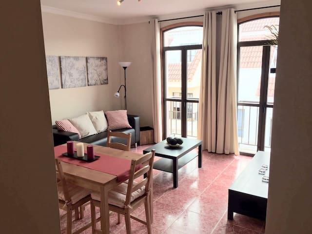 Bonito apartamento cómodo, luminoso y tranquilo - Santa Brígida - Appartement