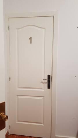 Double Room. Núm 1