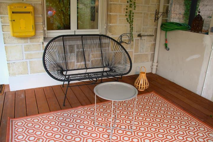 Appartement cosy sur jardin à deux pas de Paris