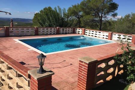 Haus mit Pool und tollem Meerblick - La Talaia