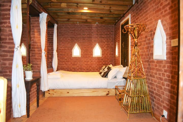 Awesome Double Bed Room