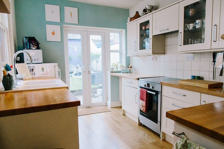 Beautiful Bright Victorian Home - Ulverston - Casa