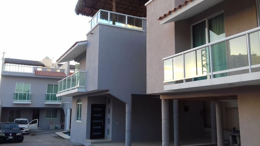 Conjunto solo 4 Casas (Tranquilidad)