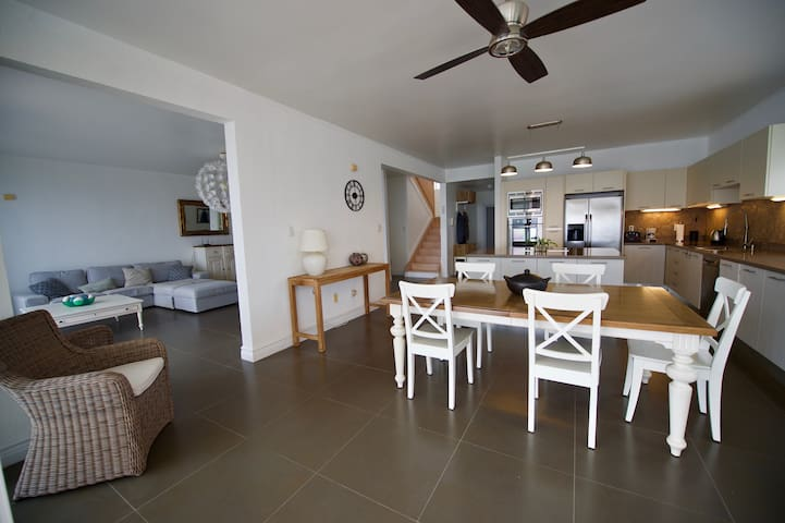 Dinning, kitchen and living room
