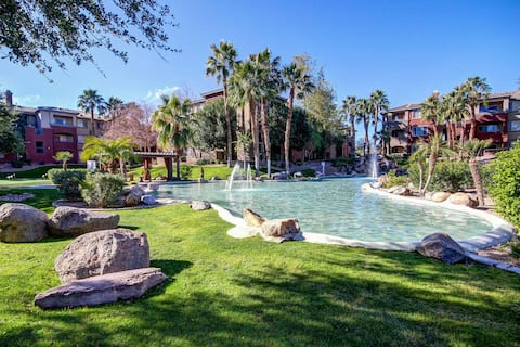 *Close to Airport!*  Oasis in the Red Rocks