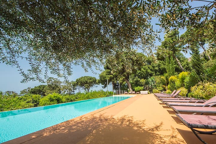 Casa Laghetto with shared pool 20 mt