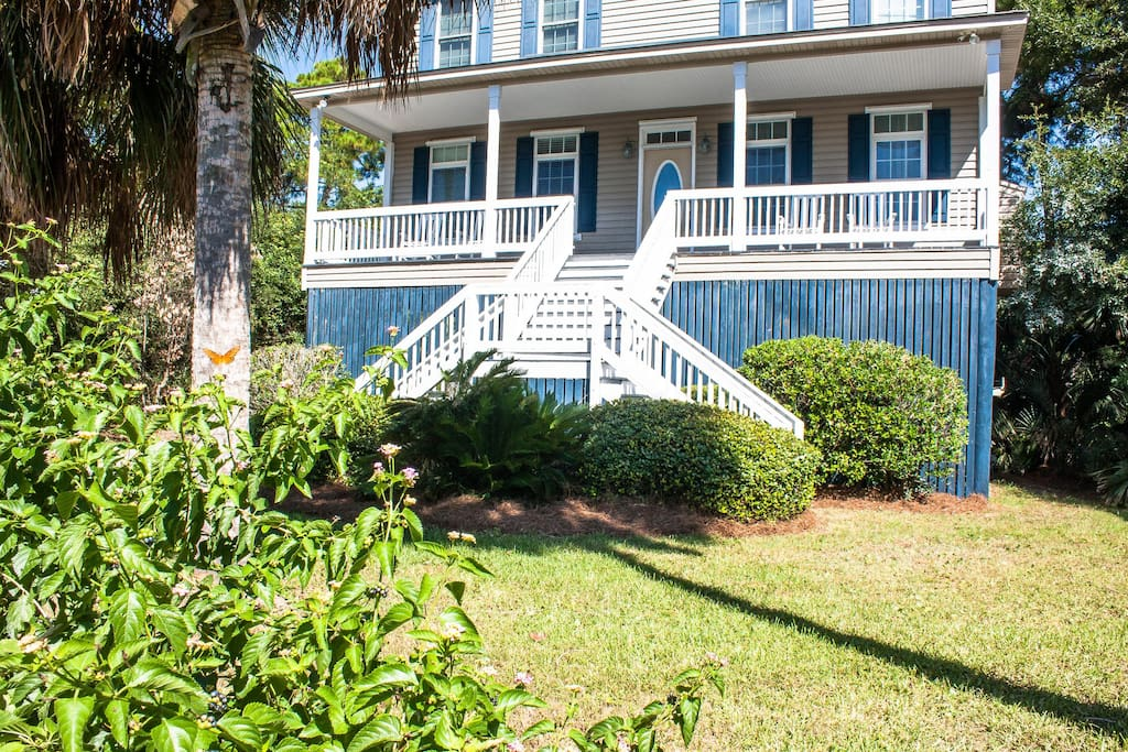 seclusion unparalleled privacy fantasy island houses for rent in folly beach south. Black Bedroom Furniture Sets. Home Design Ideas