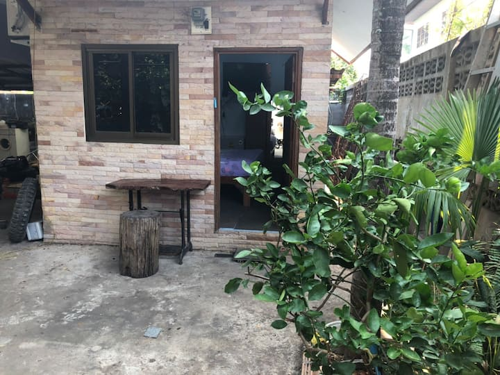 Homestay ,close to everything