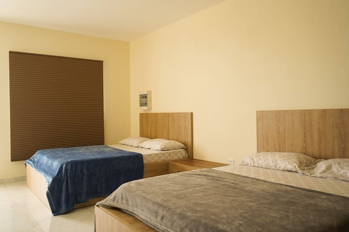 COMFORTABLE 2 BEDS APARTMENT NEAR THE AIRPORT
