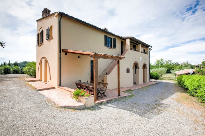 A small village of five beautiful apartments in the green Tuscan hills