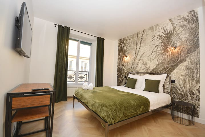 Chic Studio n3 with AC in Opera Bourse