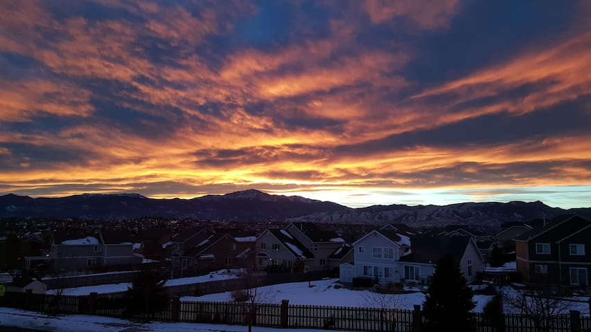 Condo with an incredible view! - Colorado Springs - Appartement