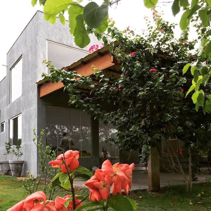Bela e confortável casa de campo