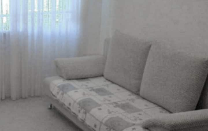 Cheap stay in the city center + FREE PARKING!