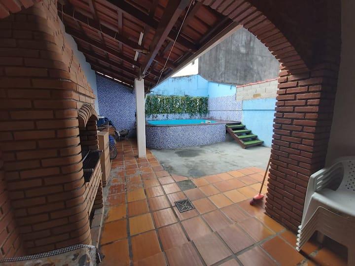 Casa de Praia - 800 METROS DA PRAIA PRINCIPAL