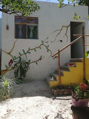 New room at mayan village, 5mnt drv to chiche, B&B