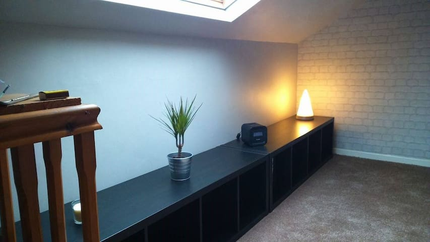 Relaxing Loft Area & Bedroom Bolton - Farnworth