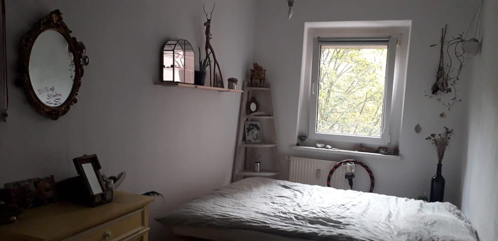 cozy and tidy room in friedrichshain