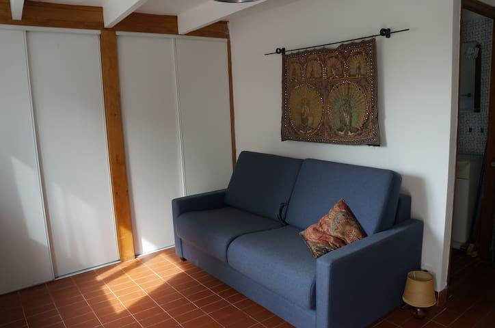 Studio en rez-de chaussé d'un mazet - Chantemerle-lès-Grignan - Wohnung