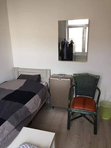 Room close to Antwerp