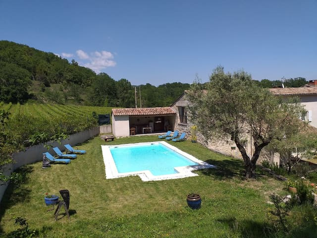 """La Provençale"" chambre en paradis naturel"