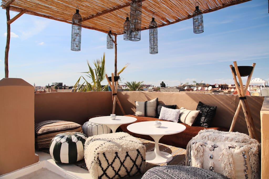Rooftop – Bohemian Salon