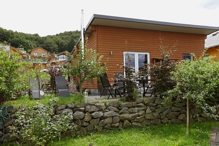 Ferienhaus Heides Hütte 3 am Waldsee Rieden/Eifel