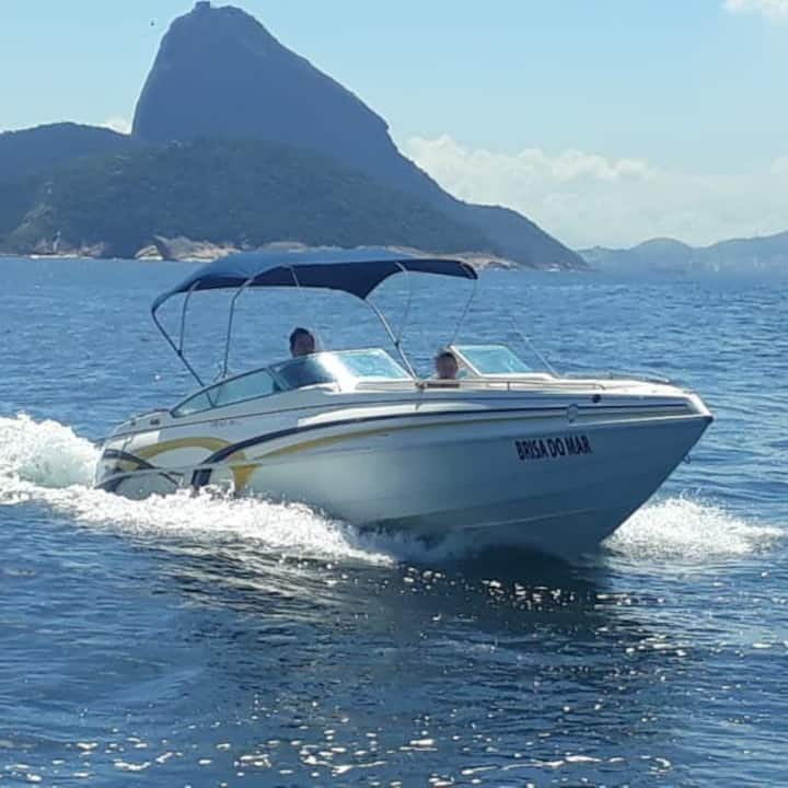Rio Boat Cruise with us! Enjoy Rio from the sea!
