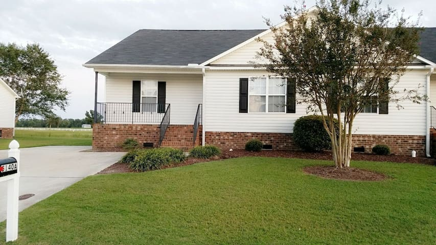 Home on the golf course (Greenville) Travel Nurses
