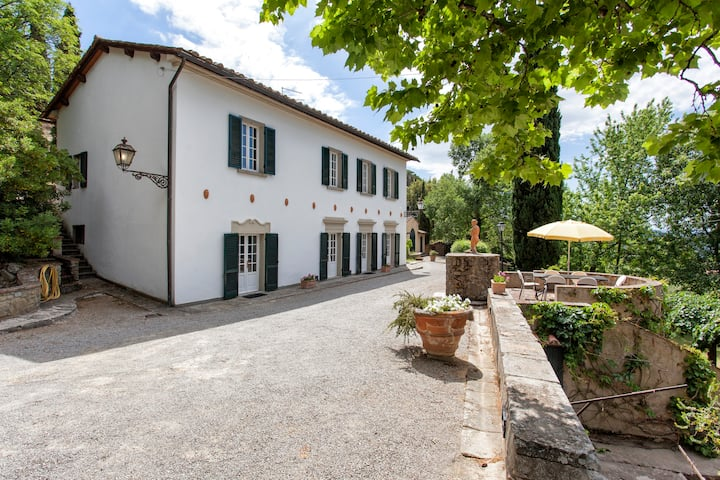 Villa sleep 6 with Pool - 1 km from Cortona