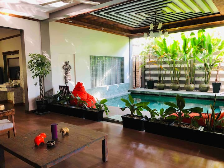Luxury private villa in the center of Siem Reap