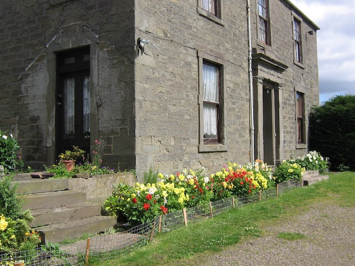 Old Farm House Budget Accommodation