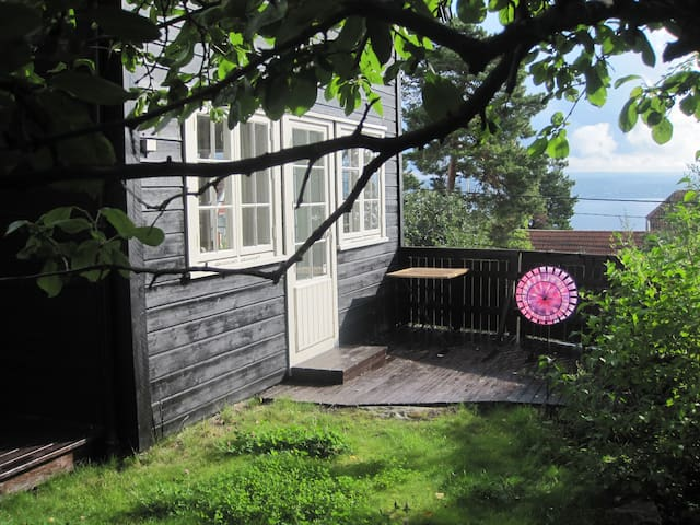 Lys og hyggelig leilighet på Helvik / Nesodden