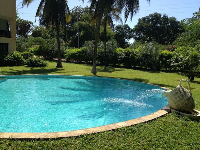 Apartment for Travellers on a Budget - Malindi - Huoneisto