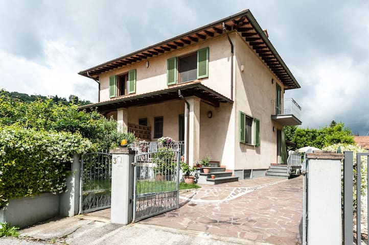 Beaufiful and confortable house - Montemagno - Maison
