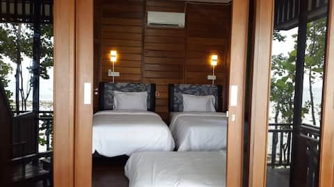 Newly Lodge @Maratua Sunset View Full-board Twin