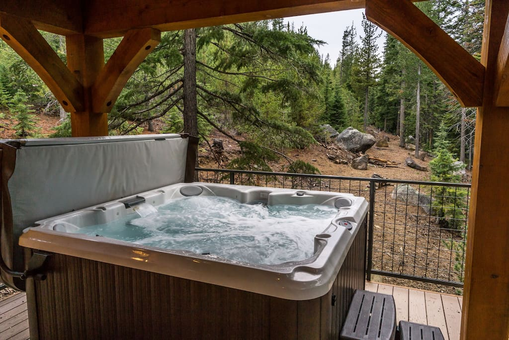 Views of forest and lake from your private hot tub!