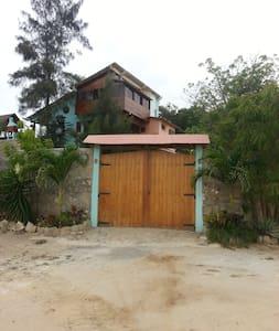 Alluring Ballenita´s House - Ballenita - Ház
