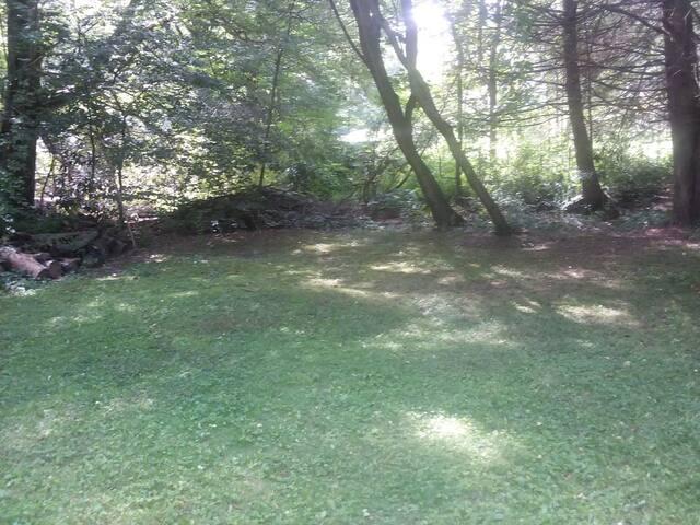 Mini Farm Camp Site