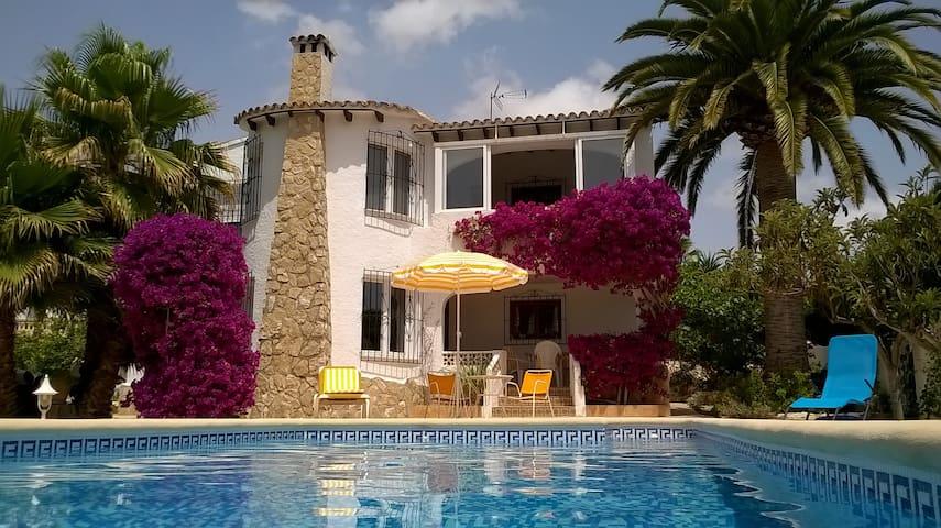 Villa Lucita en Moraira - Teulada - Bed & Breakfast