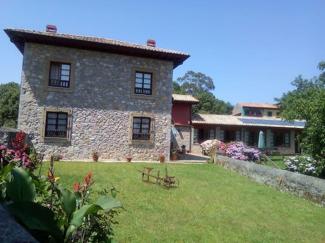 Hotel en Ovio cerca de LLanes y Ribadesella
