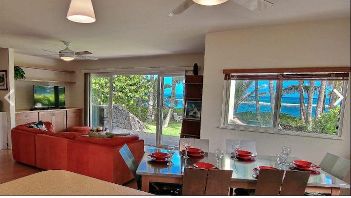 Sandy Beachfront Waialua  4 Bedrooms